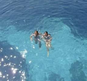 Zwemmen in het Caribisch gebied van Europa.