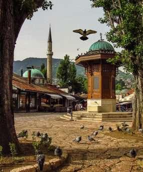 Sarajevo, low budget reis