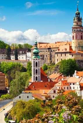 de kerk en het kasteel in Cesky Krumlov - Tsjechië
