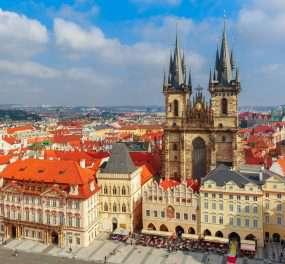 Oude Stadsplein in Praag